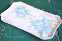 Handpainted Dresser Tray : Forget-me-not