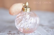 【I.W.RICE&Co.】Light Pink Glass Perfume Bottle