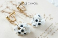 White Flowers Dangle Earrings