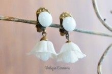 White Bell Flower Swing Earrings