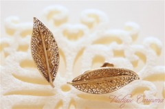 Leaf Motif Filigree Earrings