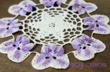 Pangies Edging Table Doily
