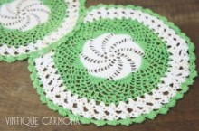 Green & White Table Doily Set