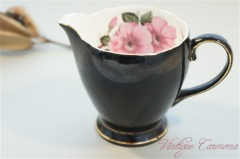 【OLD ROYAL BONE CHINA】 Creamer / Milk Pot