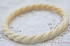 Carved Ivory (pre-ban) Bangle