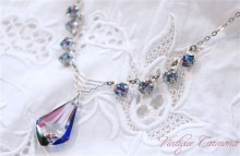 Iris Glass Deco-style Necklace