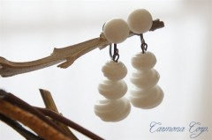 【Western Germany】 Milk Glass Earrings