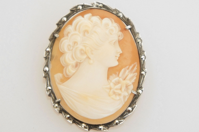 Shell Cameo Silver800 frame Brooch/Pendant Top