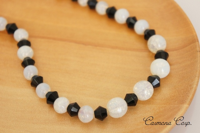 French Jet & Crack Glass Beads Necklace